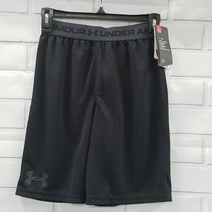 NWT Under Armour TechPrototype Boys' Shorts C4E